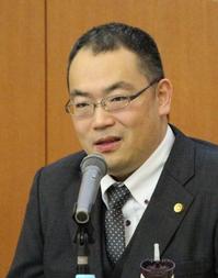 菅原弁護士2.png